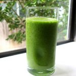 Green Smoothie with Ginger and Lemon